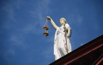 Autodeterminazione e giudici stranieri