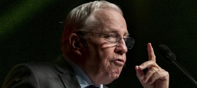 Blocher chieda scusa. La Svizzera non è un Paese di corrotti